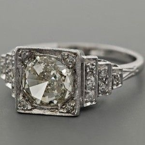 vintage diamond engagement ring. gorgeous!