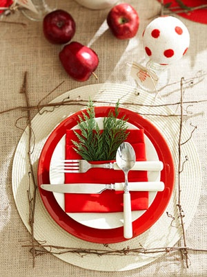 Arrange artfully - 50 Easy Holiday Decorating Ideas