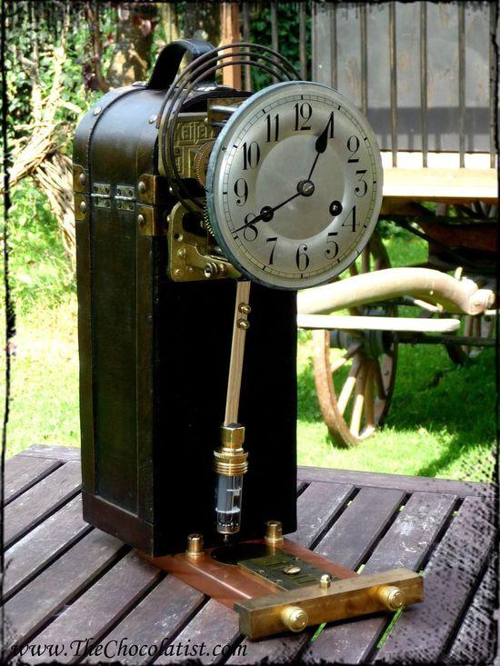 The Steampunk Pendulum Clock of the Airship Pirate #home #decor