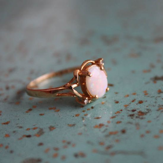 Vintage Opal and 14K Gold Ring