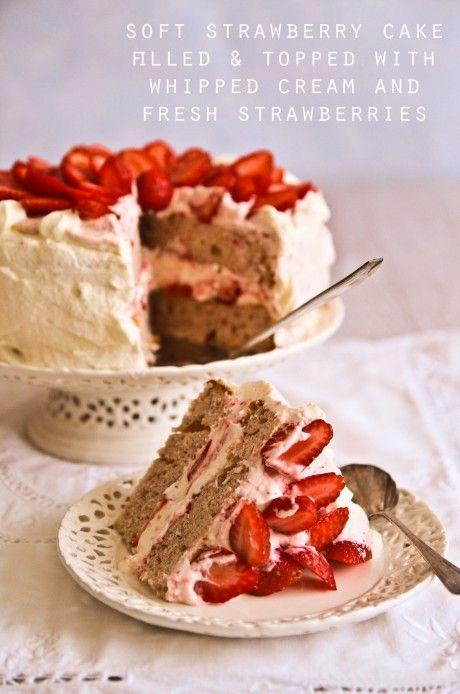 Elvis Presley's Strawberry Layer Cake!