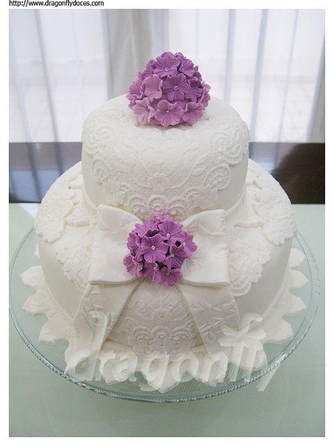 Bows and Hydrangeas Cake