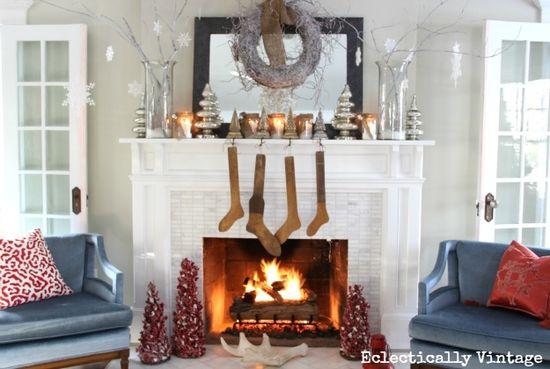 Winter White Christmas Mantel #christmas #mantel