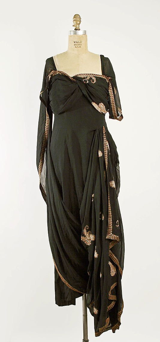 Evening Dress, Evening Gown, Splendid Evening Dress Design, Fashion Designer, Evening Dress Designer, Miracle Gown    Prince Tirtoff, New York   Date: 1935–36 Culture: American Medium: silk, gold