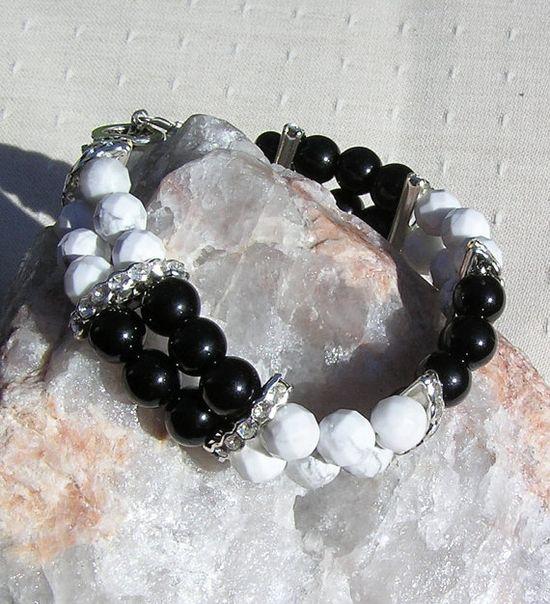 Black Onyx & White Howlite Crystal Gemstone by SunnyCrystals,