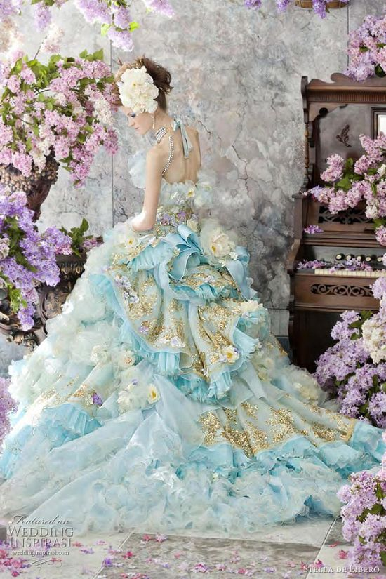 Stella de Libero - Stunning!!