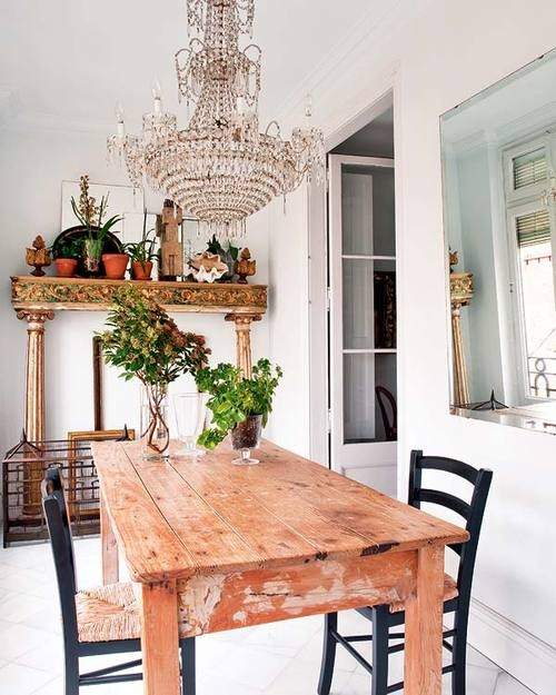rustic table and amazing chandelier
