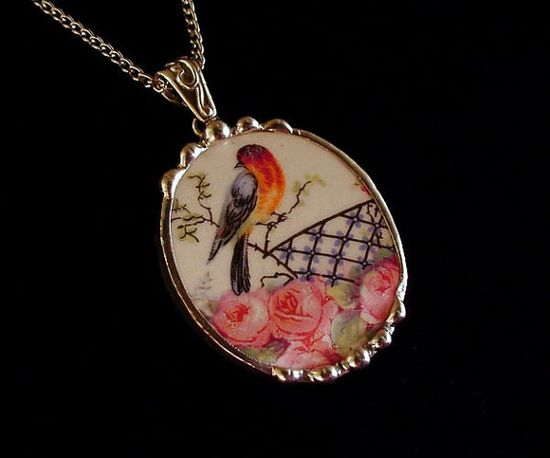 Broken china jewelry necklace pendant robin bird pink roses oval vintage broken china
