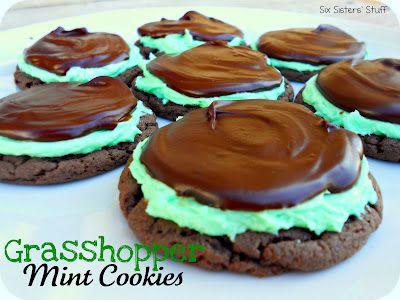 Grasshopper Mint Cookies- made from a cake mix! SixSistersStuff.com #Dessert #cakemix