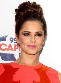 Cheryl Cole brown eyes makeup