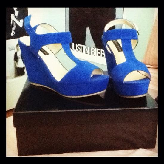 My shoes  #heels :)