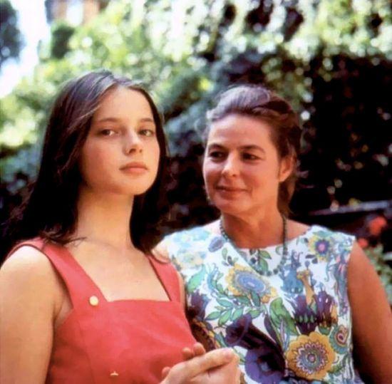 Ingrid Bergman and her daughter Isabella Rossellini.