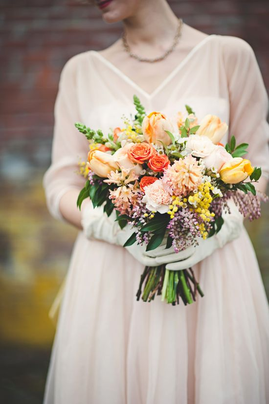 beautiful retro bouquet // photo by Jessica May Photography