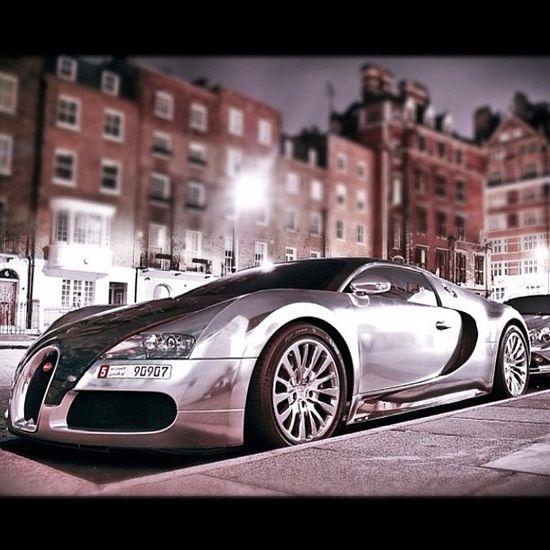 Bugatti Veyron captured on the streets of London