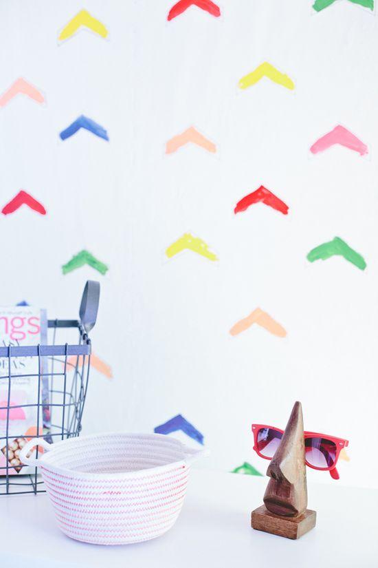 DIY: wallpaper
