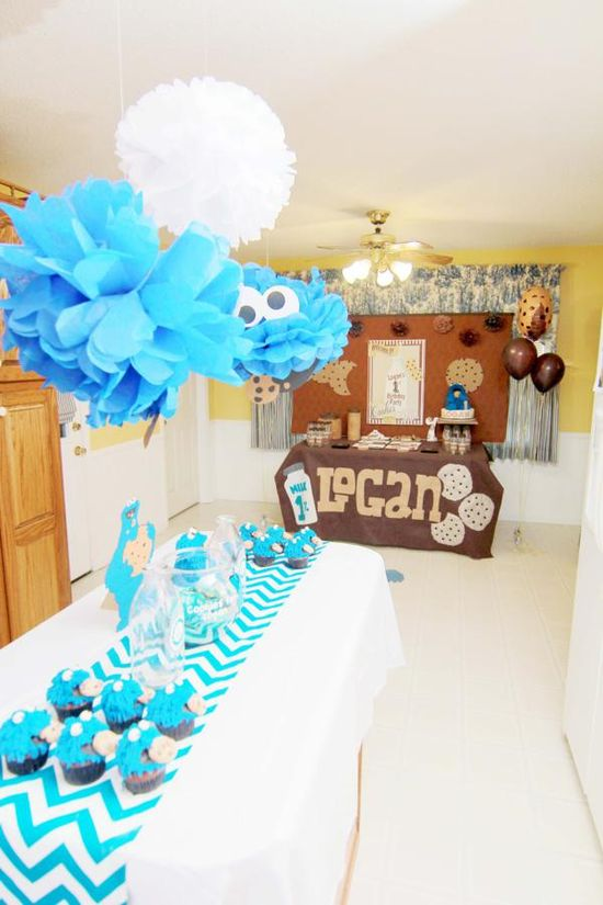 Cookie Monster Birthday Party.