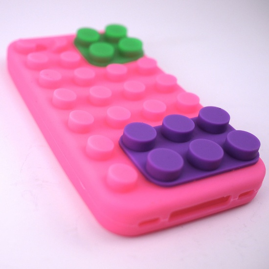 Lego-Style iPhone 4/4s Case