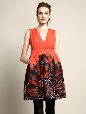 Such a pretty party dress.