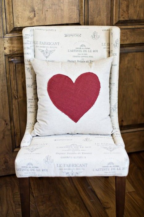 the cute heart pillow from joss + main that inspired my valentine decor this year!