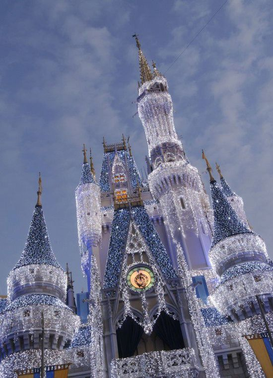 Cinderella castle with CHRISTMAS LIGHTS!!!!