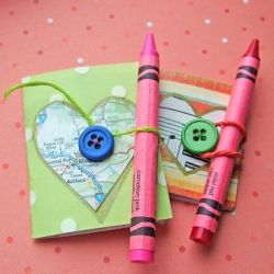 Make your own handmade Valentine books, to give in place of the usual Valentine card. Great idea for kids or a special loved one.