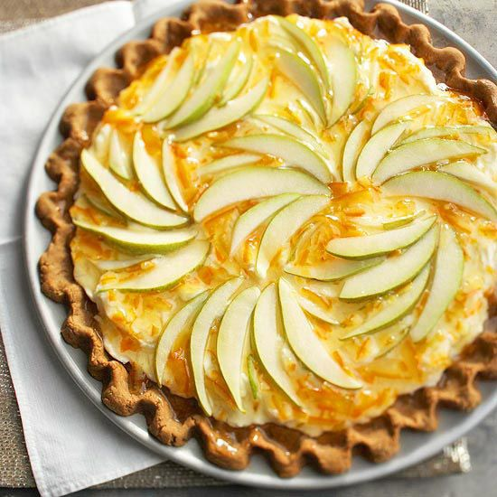 Such a lovely combination of flavours and textures at work in this terrific looking Pear Gingerbread Tart. #tart #pie #gingerbread #pears #fruit #Christmas #winter #food #baking #dessert #cooking #autumn #fall