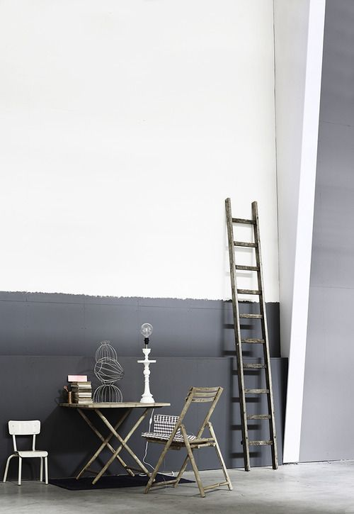 not wallpaper, but a low gray swathe of color with a wiggly edge