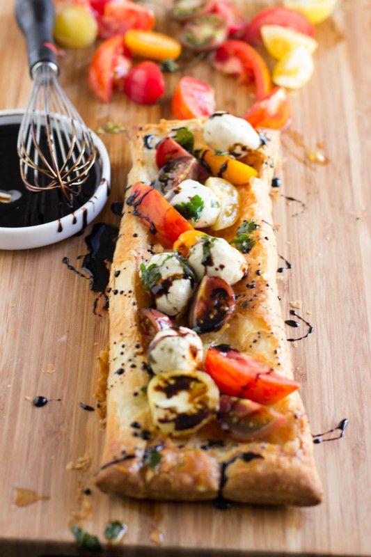 Heirloom Tomato and Mozzarella Tart - Oh Sweet Basil #recipes #healthy #basil