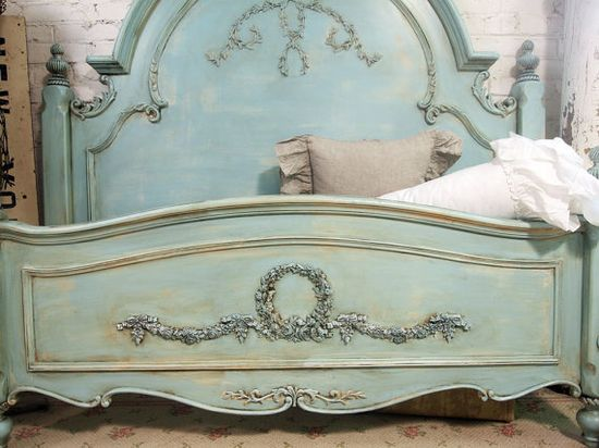 ? beautiful bed!