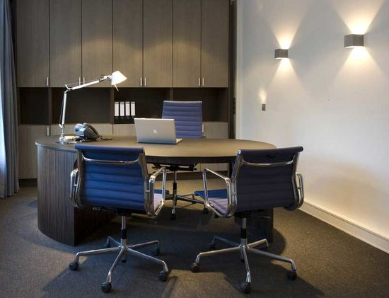 Executive Office Design Interior Best Photo 01: Executive Office Design Interior Best Photo 01