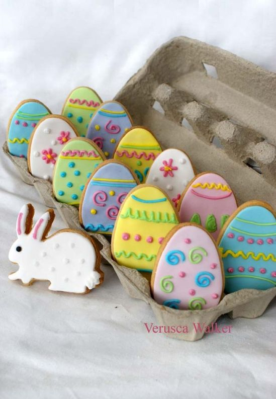 Sweetly fun pastel Easter egg (and bunny) cookies. #food #Easter #eggs #cookies