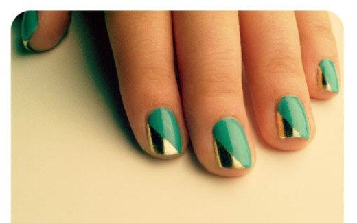 Gleaming nails, thanks to metallic nail papers.