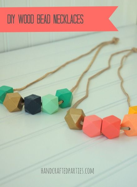 Tutorial: wood bead necklaces...a great DIY gift!  {Handcrafted Parties}