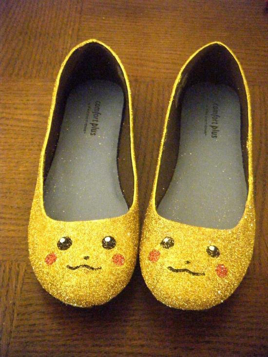 Pikachu Pokemon Glitter Flats