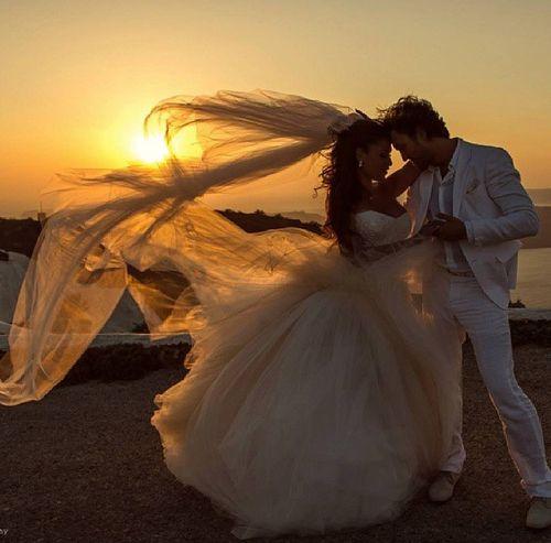 Gorgeous and romantic wedding photo