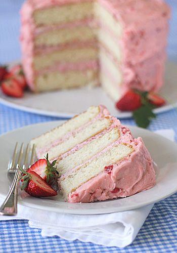 Fresh Strawberry Mousse Cake