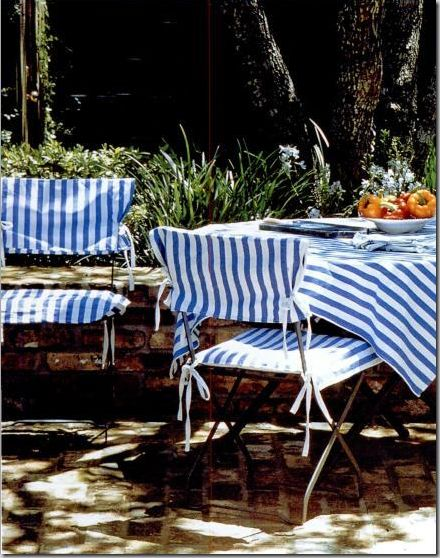 some textiles with stripes and you feel just like sitting in a café in South France