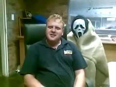 2012-PEOPLE GETTING SCARED-FUNNY VIDEO-FUNNY GAGS-FUNNY CLIPS - funny people videos - videos.airgin.org...
