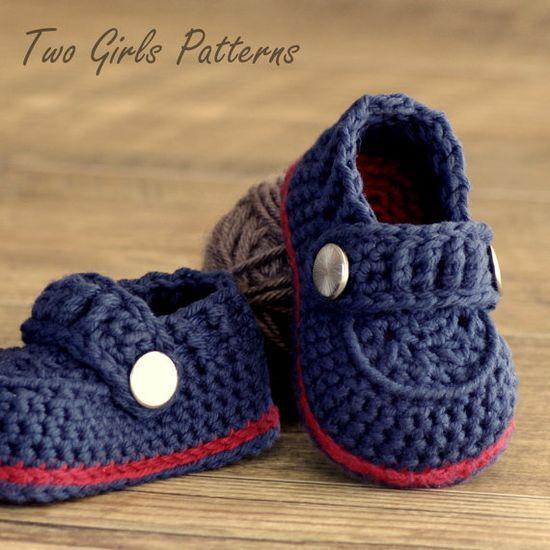 Crochet baby boy booties pattern. $5.50.