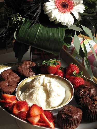 Simple & Healthy Flourless Chocolate Cake