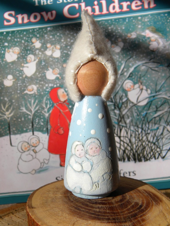 Waldorf Snow Children Peg Doll, Story Doll, Hand painted Wool Peg Doll ~ just lovely!