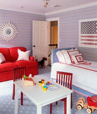 Boy's bedroom in red, white and blue.