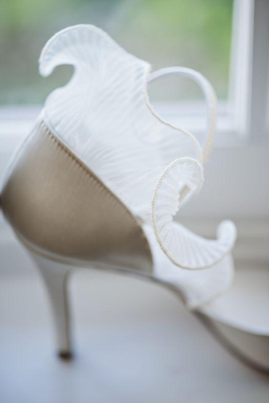 A gorgeous ruffle #shoe detail