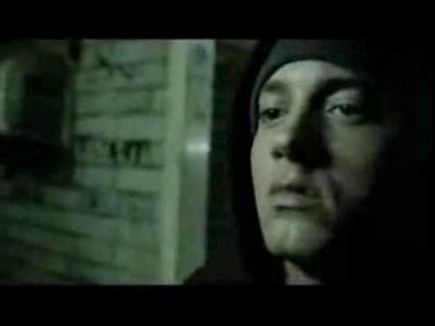Eminem- Lose yourself HQ - music.onwired.biz...