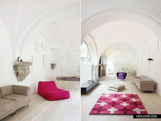 500-Year-Old Cloister Conversion In Barcelona // MINIM