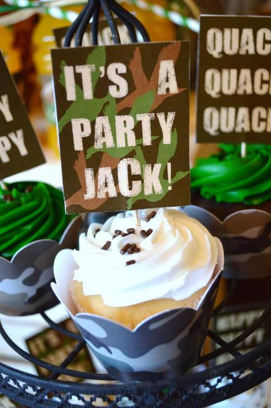 Duck dynasty themed party ( cupcakes) with tons of ideas via Kara's Party Ideas - THE place for ALL things PARTY! #duckdynasty #party #ideas #cupcakes