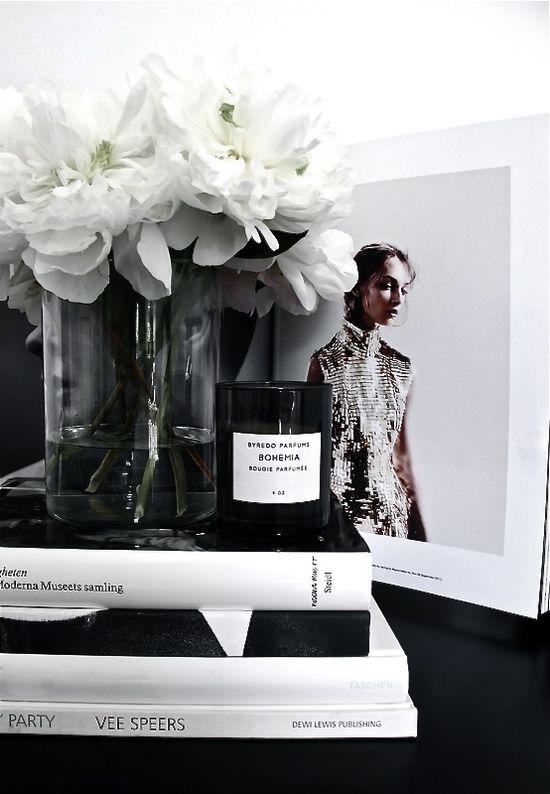 lovely black and white arrangement