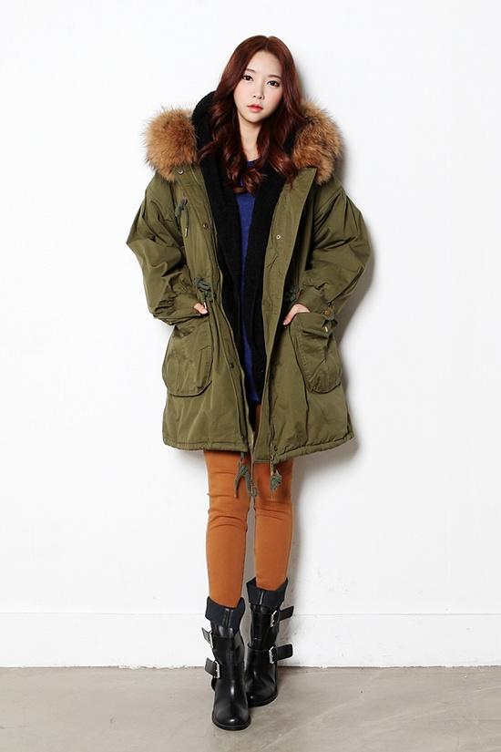 Itsmestyle Best brand eris.#leggings #coat #clutch bag #wedge heel #jeans #ankleboots #shorts #knit #cardigan #boots #itsmestyle #k fashion #korean actor #k-pop