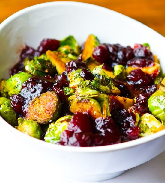 Cranberry Balsamic Brussel Sprouts #thanksgiving #vegan #holiday