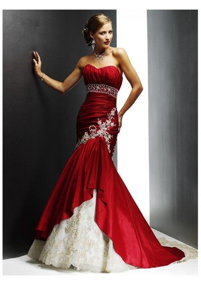 red wedding dress     Be sure to see our awesome wedding ideas at www.CreativeWeddi...
